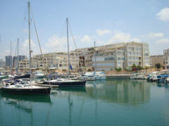 Island Project Herzliya Marina with yacht